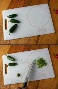 cutting-board-that-weighs-what-you-cut